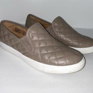 Brash quilted slip on shoes taupe and white BoxC